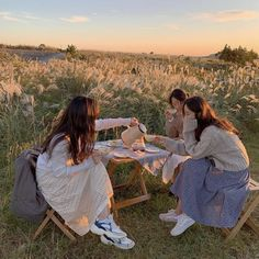 Nature Aesthetic, Summer Aesthetic, Japanese Aesthetic, Beige Aesthetic, Foto Pose, Northern Italy, Teenage Dream, Friend Pictures, Dream Life
