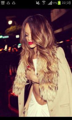 Rihanna long blonde hair