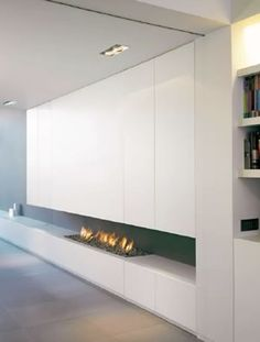 Clean and minimalist lines with custom fireplace, lighting by Delta Light _option for cupboards and feature heating in living area Custom Fireplace, Modern Fireplace, Fireplace Design, Fireplace Lighting, Linear Fireplace, Modern Interior Design, Interior Design Inspiration, Interior Architecture, Condo Design
