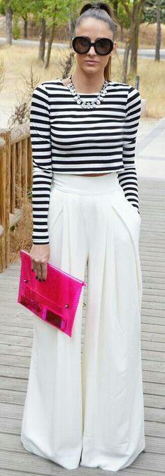 Long sleeve striped crop top with white polazzo pants