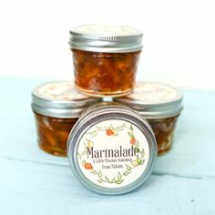 Homemade marmalade tastes like sunshine captured in a jar, and makes fabulous homemade gifts.