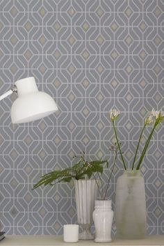 Laterza By Designers Guild Is A Stunning Geometric Wallpaper Design With Metallic Centres Grey Kitchen