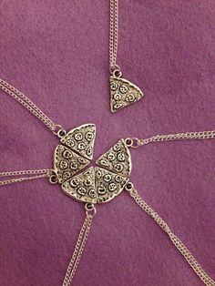 coolest friendship necklace I've ever seen