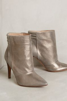 Hoss Intropia Shimmered Booties