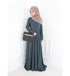 EMERALD FLARE ABAYA - £69.99 : Inayah, Islamic clothing & fashion, abayas, jilbabs, hijabs, jalabiyas & hijab pins
