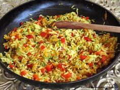 Flavours of Amellia: Paella s krevetami a kuřecím masem (Paella mixta) Paella, Fried Rice, Fries, Ethnic Recipes, Blog, Tomato Sauce, Lasagna, Pasta, Blogging