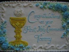 First Communion Wording Cake Boys First Communion Cakes, Boy Communion Cake, First Communion Party, Monster Birthday Invitations, Birthday Party Invitation Wording, Communion Invitations, Cake Paris, Religious Cakes, Baby Shower