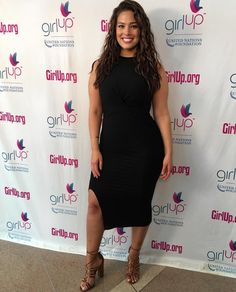 Ashley Graham  #CurvyIsTheNewBlack