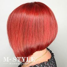 Natural red hair is breathtaking. It is a color that can't be replicated and makes short hair look stunning and unique. Although some of us aren't bor... Shaved Pixie, Grown Out Pixie, Red Pixie, Red Hairstyles, Short Red Hair, Natural Red Hair, Red Highlights, Inverted Bob, Color Pairing