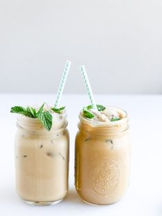Mint Iced Coffee Freshly brewed Mint Iced Coffee from TOMS Roasting Co.Freshly brewed Mint Iced Coffee from TOMS Roasting Co. Yummy Drinks, Yummy Food, Delicious Recipes, Mein Café, Latte, Love Food, The Best, Cravings, Food And Drink