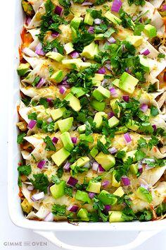 Turkey Enchiladas Recipe | gimmesomeoven.com #thanksgiving