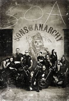 Sons of Anarchy Season 4 - I LOVE everything about this photo.