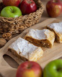 Jablečný závin - Češka z Česka Bread, Cakes, Fit, Cake Makers, Shape, Brot, Kuchen, Cake, Baking
