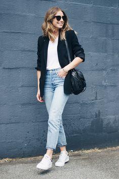 @aritzia girlfriend jeans, @adidas stan smiths | THE AUGUST DIARIES