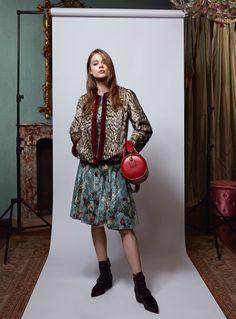 Blumarine Pre-Fall 2017 Collection Photos - Vogue    http://www.vogue.com/fashion-shows/pre-fall-2017/blumarine/slideshow/collection#19