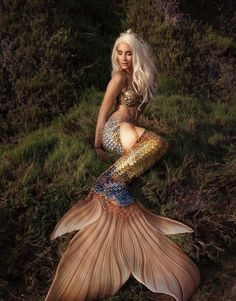 Ideas for tattoo mermaid tail sirens Mermaid Artwork, Mermaid Drawings, Mermaid Pictures, Mermaid Tattoos, Mermaid Paintings, Mermaid Fairy, Mermaid Tale, Mermaid Princess, Manga Mermaid