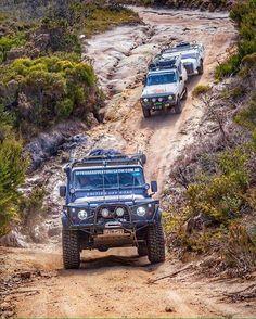 Land rover Defender trail way.