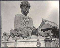 Statue of Buddha in Kobe, Japan. Photo by Burr McIntosh