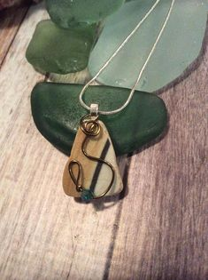Hey, I found this really awesome Etsy listing at https://www.etsy.com/listing/549299274/pottery-shard-sea-glass-necklace