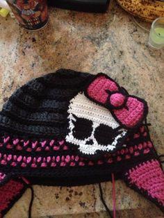 Monster High Crochet Hat ;)  by https://www.facebook.com/DawnedOnMeCrochet