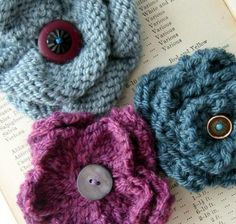 We love this round-up of knitted flowers - discover it at the LoveKnitting Blog