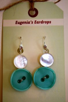 Handmade button earrings Made with Vintage pearl and by almajanes