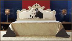 VALERIANO letto matrimoniale Art. CR/722-I, finitura: bianco opaco, piedini letto (di serie): argento metallizzato, tessuto testata: cat. C, tessuto giroletto: cat. B  cm 183x208x h.60/144