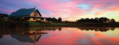 Peterson House is the specialist producer of sparkling wines in the Hunter Valley offering sparkling varieties, from easy-drinking Blush to premium Museum blends. The cellar door is an unforgettable experience, with bubbly staff to help choose your favourite bubbles! Absorb the views from the picturesque venue and enjoy a glass of bubbles with an oysters or cheese from the Oyster Bar. The award winning Restaurant Cuvee offers modern Australian cuisine at its best.