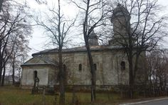 Una dintre cele mai vechi biserici armeneşti din Europa dar şi cea mai frumoasă din Moldova, cum spun specialiştii arhitecţi, se află la un pas de prăbuşire. Ridicată acum 500 de ani la Botoşani de negustorii armeni, biserica a fost abandonată şi s-a deteriorat. Turla din curtea lăcaşului de cult servea ca şi loc de avertizare în cazul unei invazii.