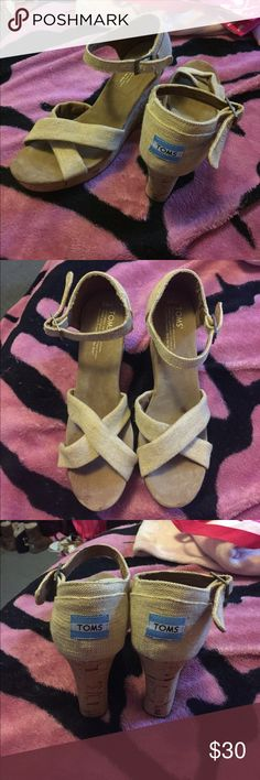 TOMS Wedges Great shoes TOMS Shoes Wedges