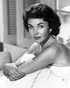 Jennifer Jones. 16th actress to win the Academy Awards' Best Actress Oscar.  Jones won the Oscar for her performance in the 1943 The Song of Bernadette. She was nominated five times for an Academy Award.