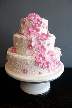 Girly cake n Flowers