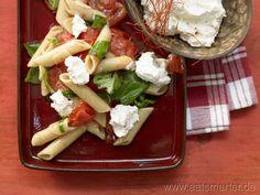 Penne mit Chili-Ricotta mit frischen Tomaten und Basilikum  - smarter - Kalorien: 471 Kcal | Zeit: 30 min.