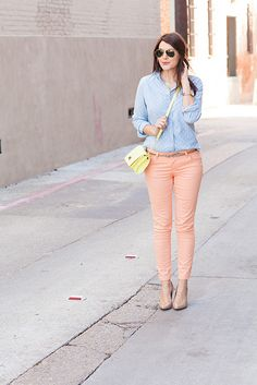 Pastel outfit. Light pink pants. Light blue button down. Yellow purse. Nude heels. Polka dot button down.