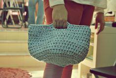 El Mundo en una Caja de Cerillas: Cómo hacer cestas de trapillo