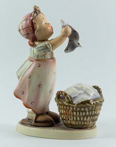 Doll Bath Hummel Girl Figurine