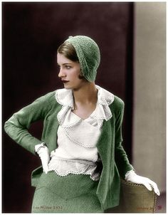 """Elizabeth """"Lee"""" Miller, Lady Penrose, was an American photographer. She was a fashion model in New York City in the before going to Paris, where she became a fashion and fine art photographer. Fashion In, 1930s Fashion, Fashion History, Retro Fashion, Fashion Models, Vintage Fashion, Fashion Design, Green Fashion, Vintage Outfits"""