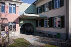 Ersatzneubau Verbindungstrakt Kindergarten in Unterstammheim ZH Switzerland, Entrance, Concrete, Kindergarten, Buildings, Mansions, House Styles, Green, Color