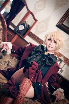 Alois Trancy cosplay (SPOT ON, WAH!!!)
