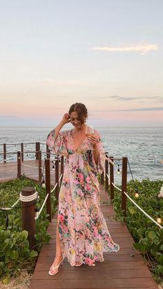 Beach Wedding Guests, Boho Wedding, Carribean Wedding, Fairy Dress, Beach Dresses, European Fashion, Dress Me Up, Wedding Hairstyles, Summer Outfits