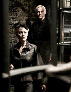 Malfoys in Knockturn Alley