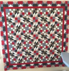 Grand Illusion - Bonnie Hunter 2014 Mystery Quilt