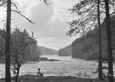 Toini Pelin Mankalankosken partaalla Iitissä Kyytinen Pekka, kuvaaja 1930–1939