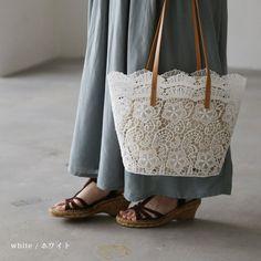 【再入荷しました】。バッグ フェミニンなレースで、春夏らしく彩って。花レーストートバッグレディース/鞄/肩掛け/手提げ/母の日