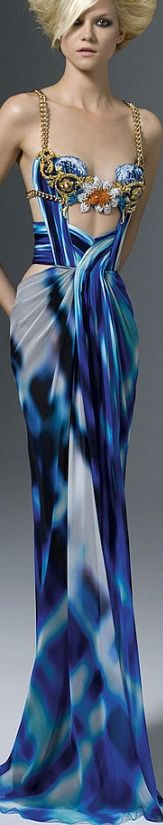 VERSACE. I ABSOLUTELY LOVE THIS DRESS!