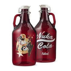 Zap that thirst with 64 ounces of Nuka-Cola! Red glass growler features the Nuka-Cola logo on one side and Nuka-Girl artwork on the other. Fill it up with your favorite Nuka beverage and then drink like there's no tomorrow! Fallout Nuka Cola, Fallout Art, Fallout Merch, Fallout Logo, Nuka Cola Bottle, Canteen Bottle, Vault 111, Cola Drinks, Used Video Games