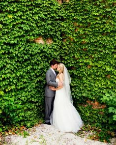 This is one of our weddings!!!! An ivy-covered wall looks picture-perfect @Estera Events
