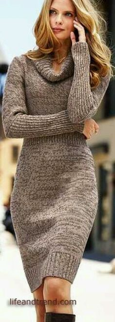 love the extended use of ribbing on the arms...