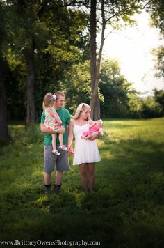 Brittney Owens Photography: Weiss Family {Fort Smith, AR photographer} Family photography Sisters Outdoor Couples Newborn photo ideas