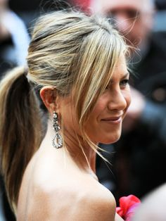 Jennifer Aniston ponytail up-do